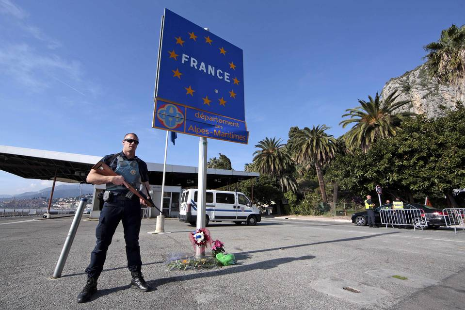 French italian border after Paris Nov
