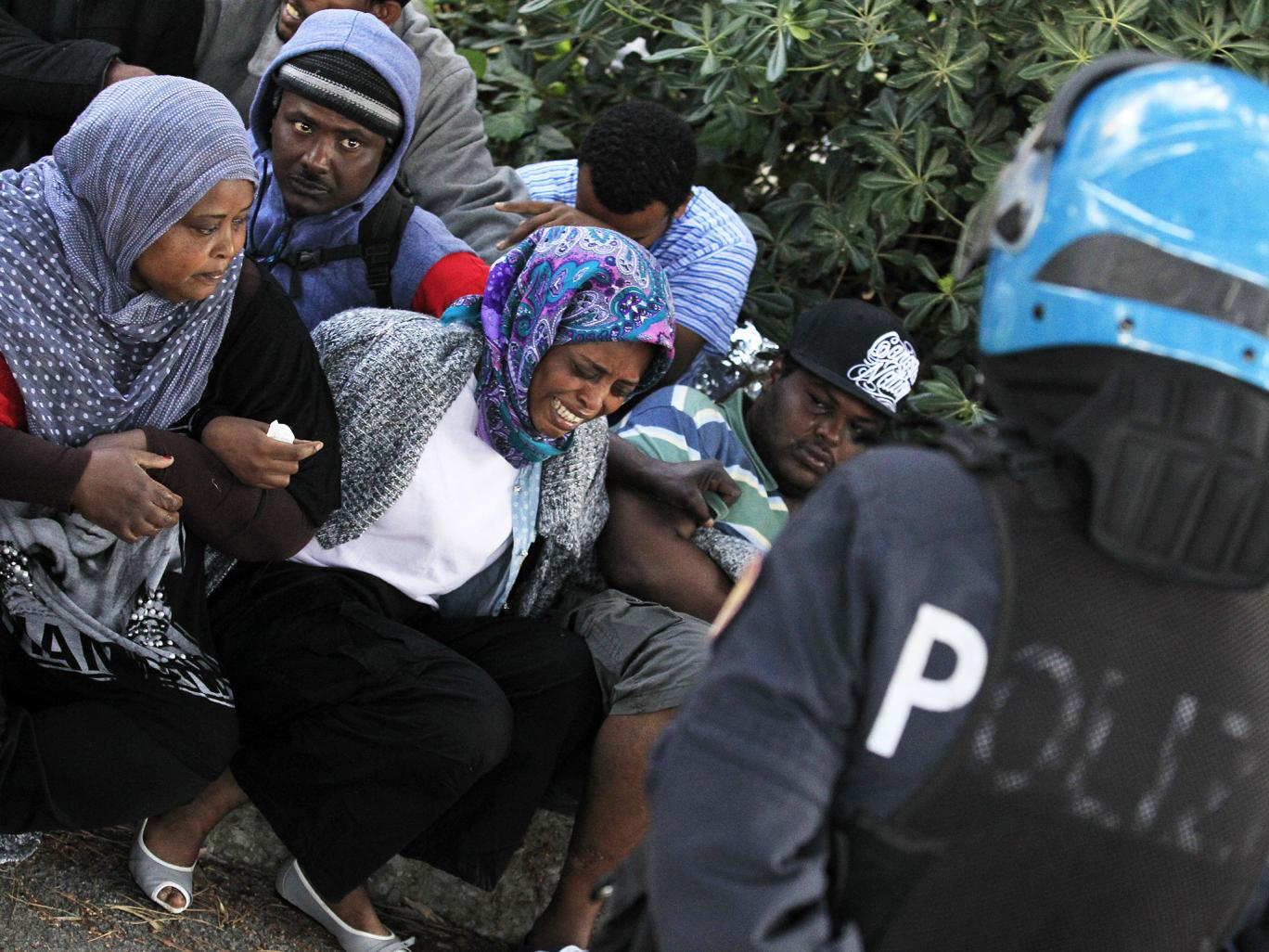 migrants stranded -italy france border June Reuters